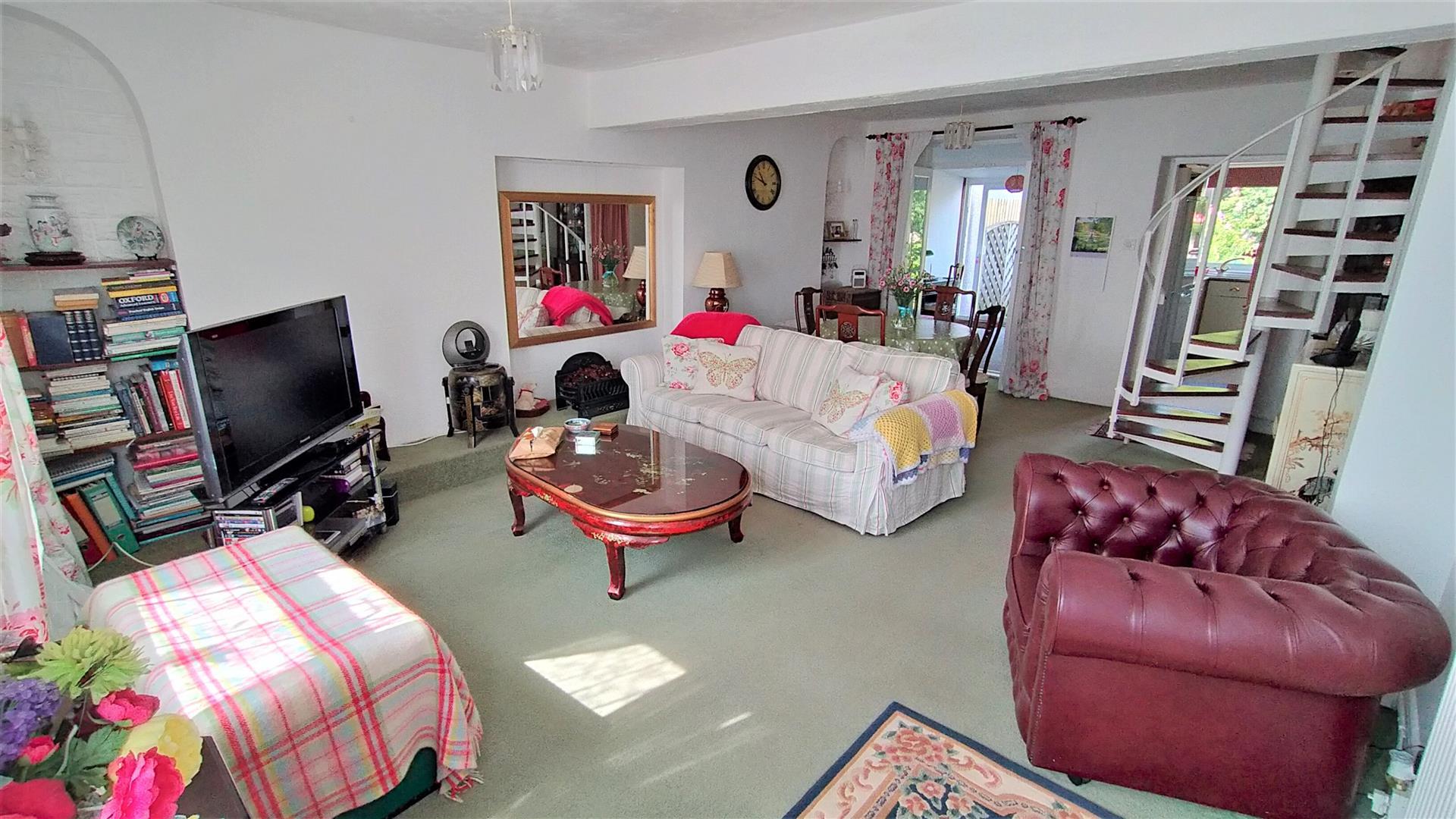 Mumbles Road, Blackpill, Swansea, SA3 5AS
